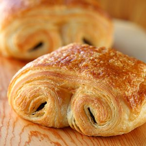 pastries-sq-chocolate-croissant